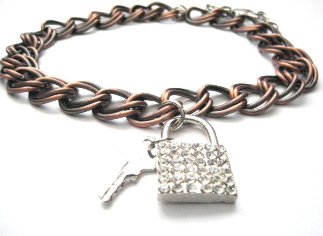 2e4e75b8705e7 Lock and Key Metal Chain Collar Choker