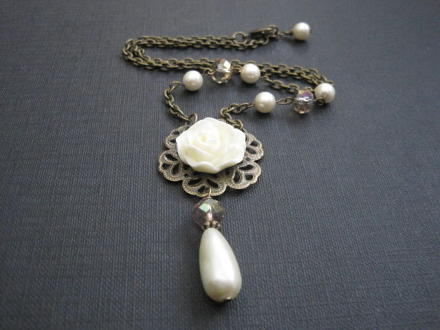Cream Rose Filigree Pearl Crystal Victorian Necklace Vamps