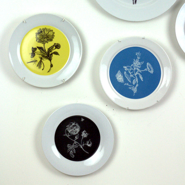 Small Black Rosa Botanical Upcycled Decorative Plate For