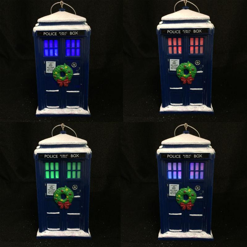 Doctor Who TARDIS with Wreath Christmas Ornament - Pinz'n ...