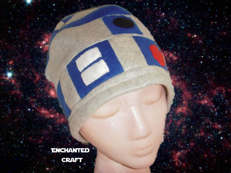 R2-D2 Fleece Beanie Hat- hand made and warm for Star Wars fans ... 65e86ba1b2e