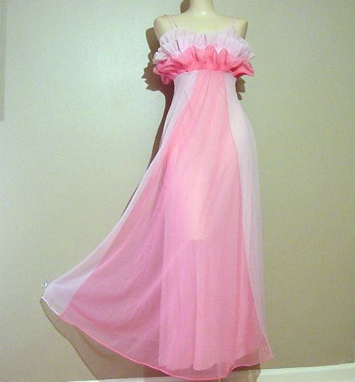50s Glamorous Vanity Fair Pink Goddess Gown Nightgown Xs S