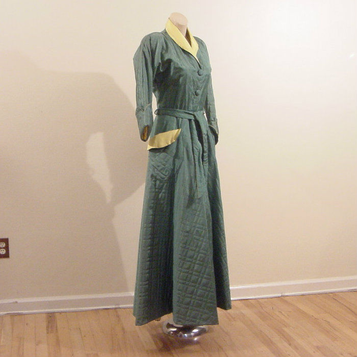b4bf141f55 40s 50s Glamorous Quilted Robe Dressing Gown Medium - Pretty Sweet ...