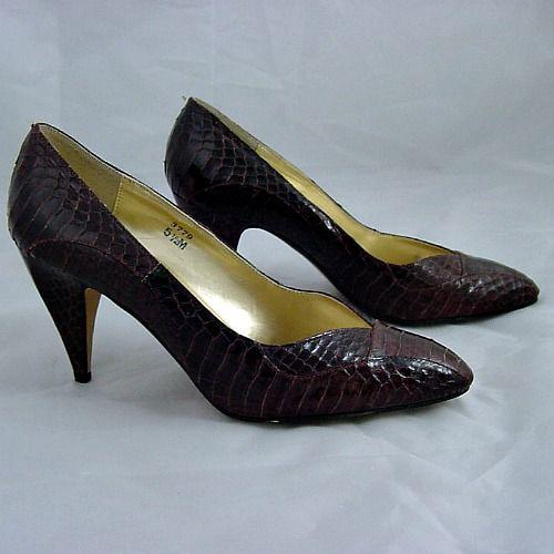 8afaea07ed0d5 80s Brown Snakeskin J Renee High Heel Shoes 5.5M - Pretty Sweet Vintage