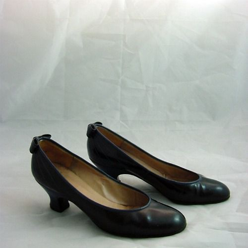 Vintage Christian Dior Navy Babydoll Shoes 5 35 Pretty