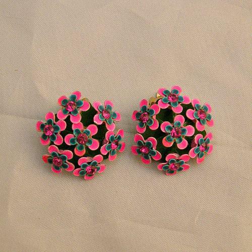 60s Pretty Posies Flower Earrings Pretty Sweet Vintage