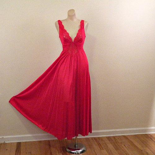 80s Cherry Cherry Olga Nightgown Medium - Pretty Sweet Vintage 9c600145c