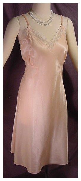 40s Barbizon Peach Satin Full Slip Pretty Sweet Vintage