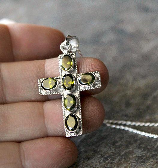 Green Peridot Cross Pendant Necklace 925 Sterling Silver