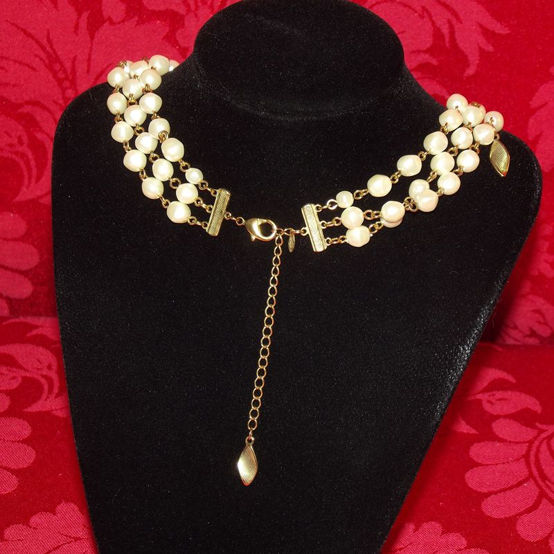 Avon Fake Pearl Necklace Faith S Serendipity Vintage Jewelry