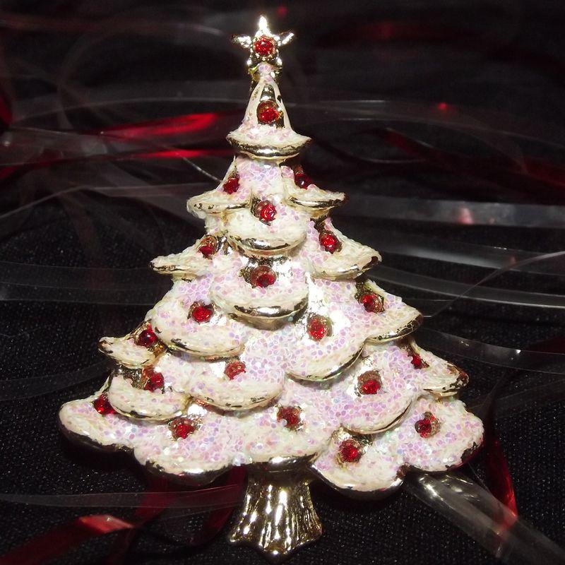 Mccoys Christmas Trees: Faith's Serendipity Vintage