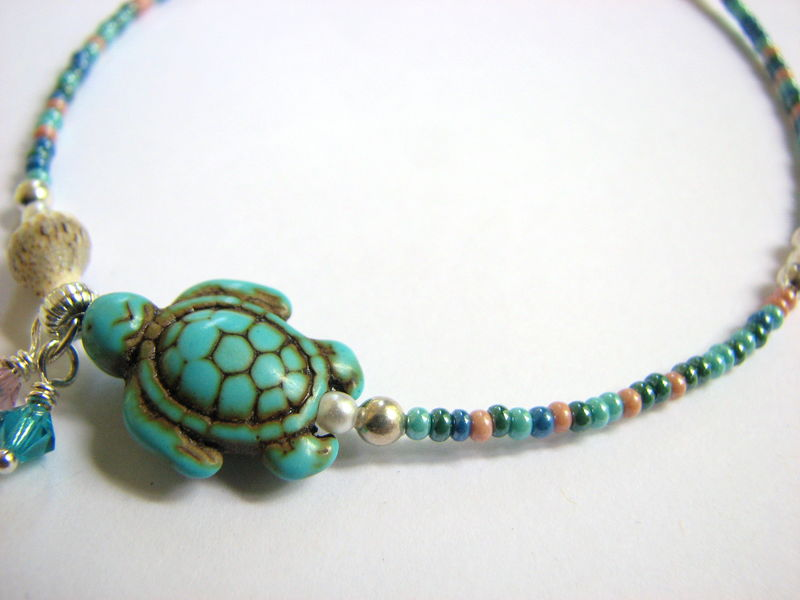 Turquoise Sea Turtle Bracelet by TheCraftPenguin on Etsy  |Turquoise Sea Turtle