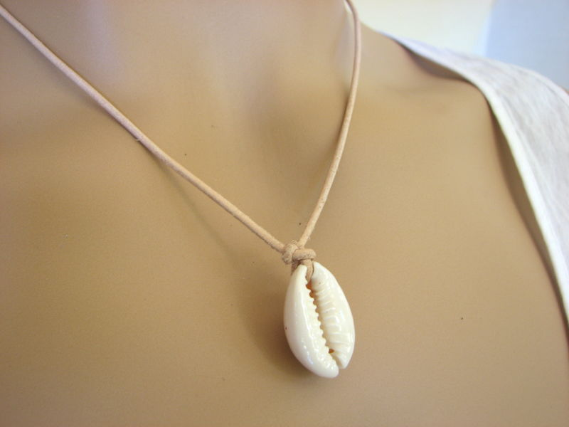 8cd7b22ab651a Cowrie Shell Leather Choker Necklace