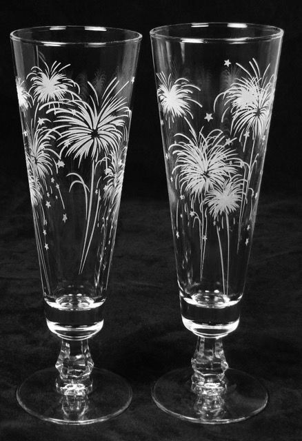 Fireworks Wedding Decor Personalized Toasting Flutes Etched