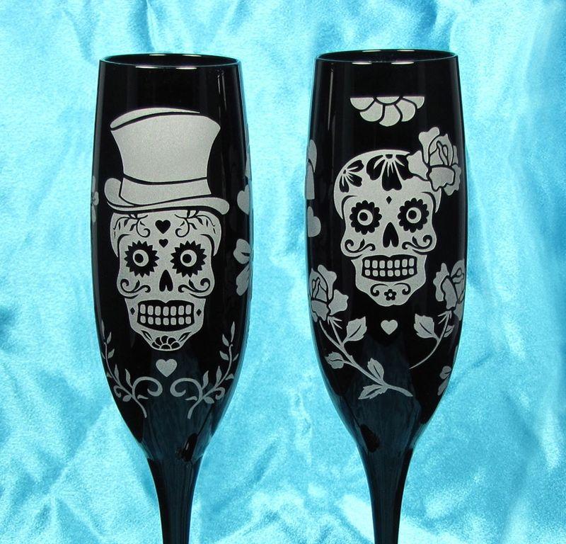 2 Black Dia De Muertos Champagne Flutes Personalized Suger Skull Wedding Reception Decorations