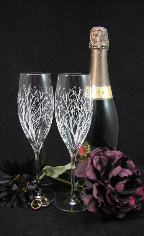 Winter Tree Branch Fine Quality Champagne Flutes