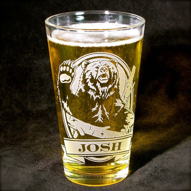 1 Personalized Beer Glass With Grizzly Bear Etched Glass