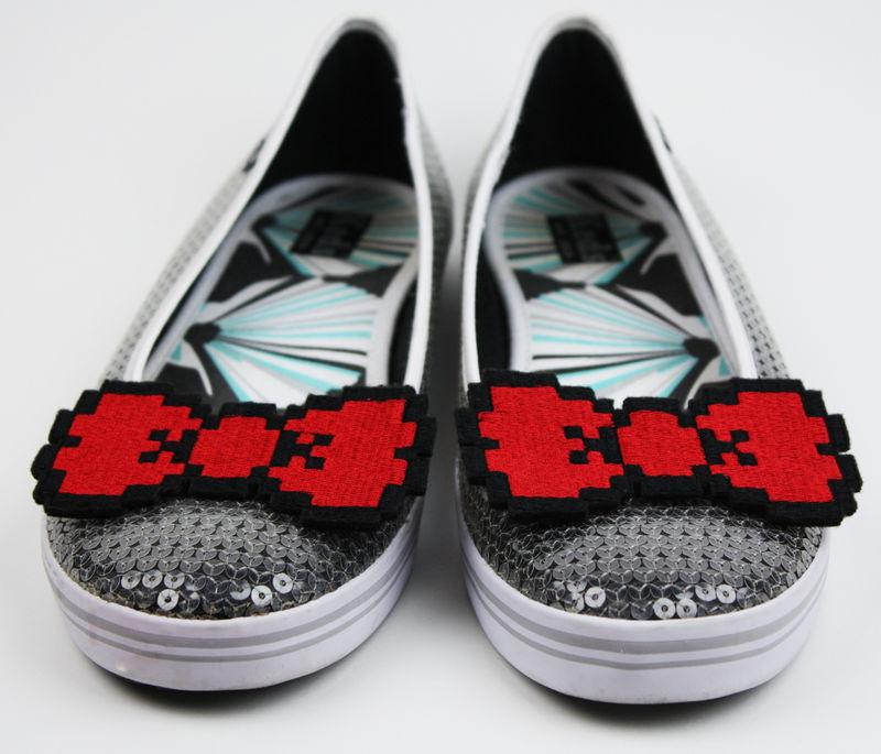 8 Bit Bow Shoe Clips, Pixel Bows