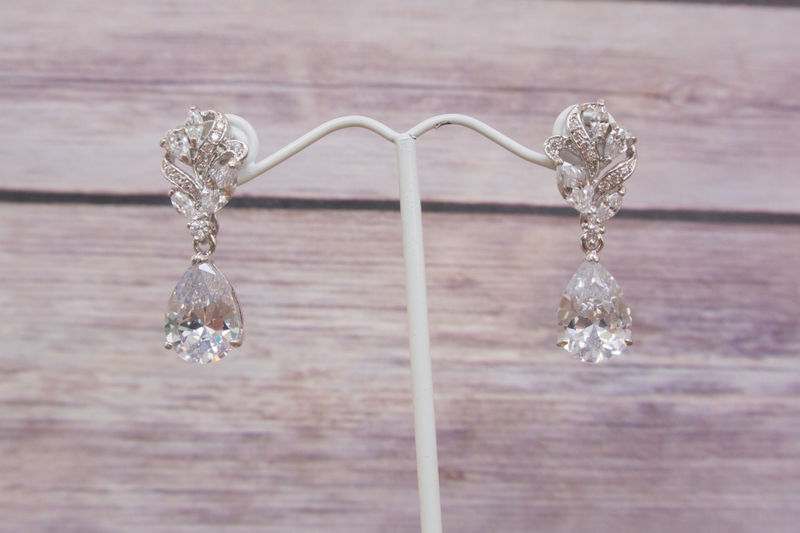 Swarovski Earring Bridal Wedding Chandelier Vintage Style Earrings Rhinestone Jewelry Sparklesm Avery