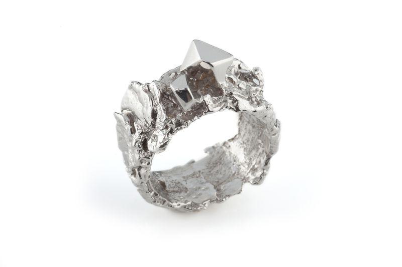 White Meteorite Ring Ros Millar