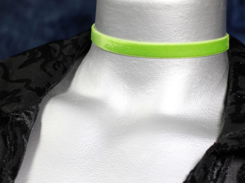 10mm 3 8 Plain Light Green Velvet Ribbon Choker Necklace Product