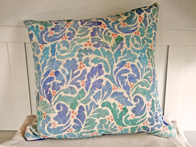 Painted Cushion: Acanthus (navy)