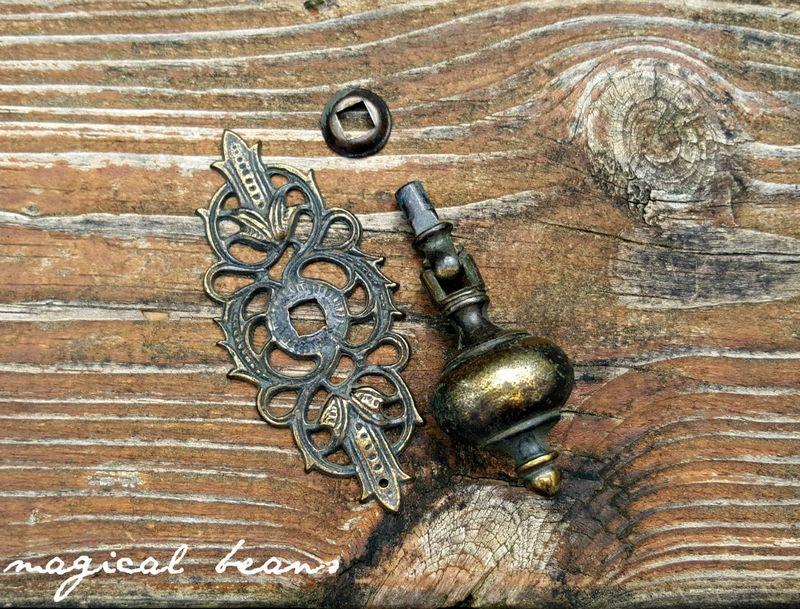 Keeler Brass Co Vintage Art Deco Teardrop Pull In Solid