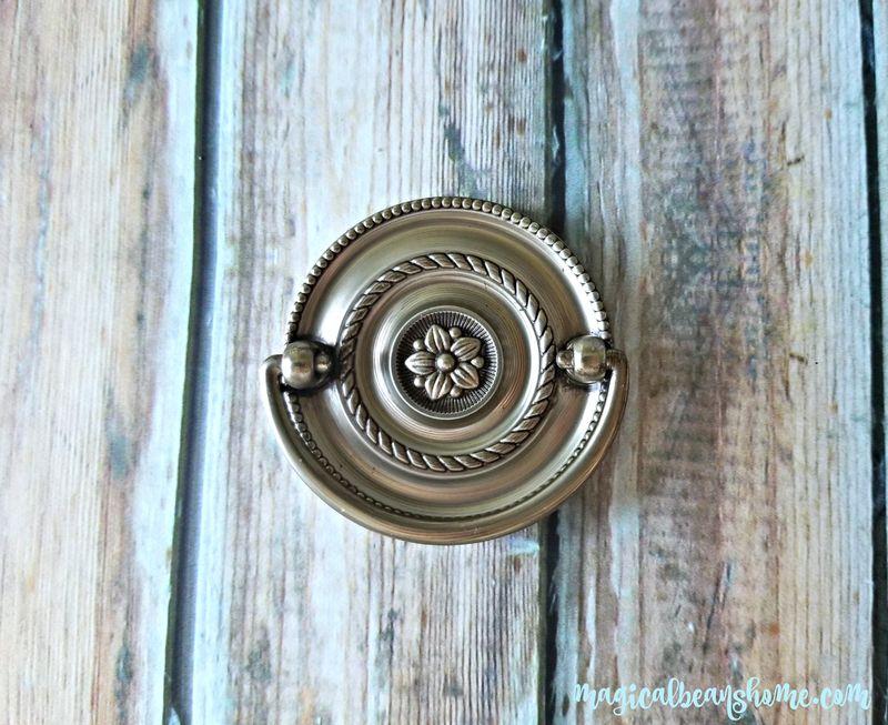 Round Beaded Multi Ring Hepplewhite Drawer Pull In Brushed