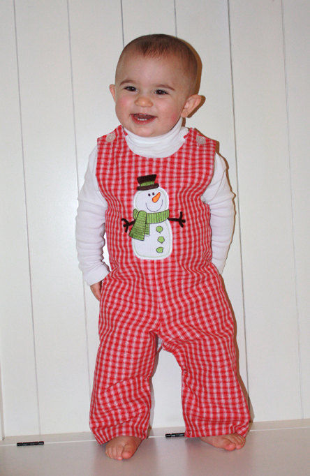 We have sweet Christmas morning pajama sets for girls by Sara s Prints and boys two-piece holiday pajamas with Christmas tree designs by Anavini. Create a fun fashion theme with our matching outfits for brothers and sisters.