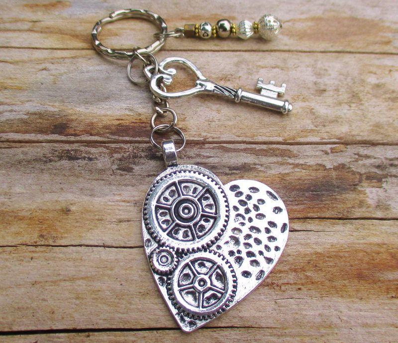 Heart and key ring bag charm Tibetan silver steam punk industrial women s  men s  amp  gift b08ade6ce