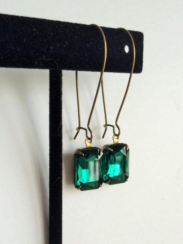 285a2bea04d3a VINTAGE Emerald Green Rhinestone Drop EARRINGS / Swarovski / Estate Style /  Dangle / Rectangular / Bridesmaid Earrings / Gift Boxed
