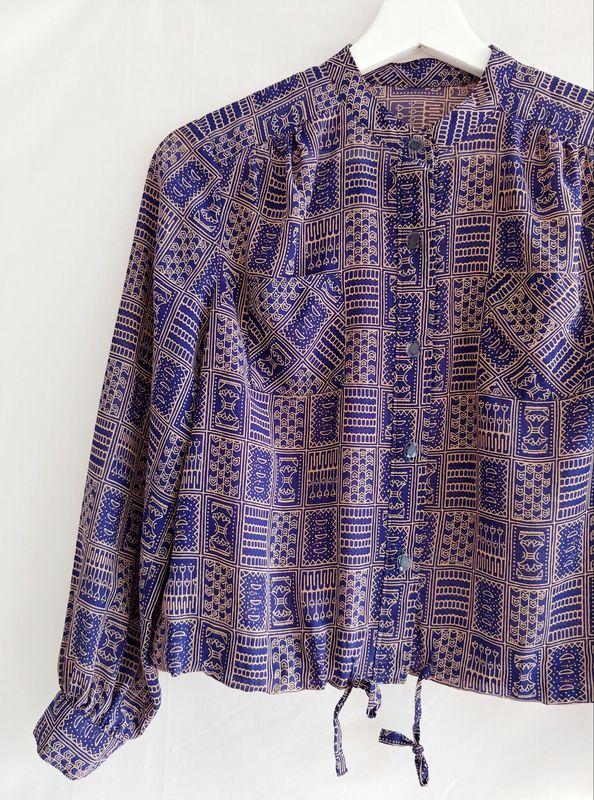 04296c122cb072 80s Vintage Navy Geometric Print Long Sleeves Crop Blouse Jacket Japan -  product images of