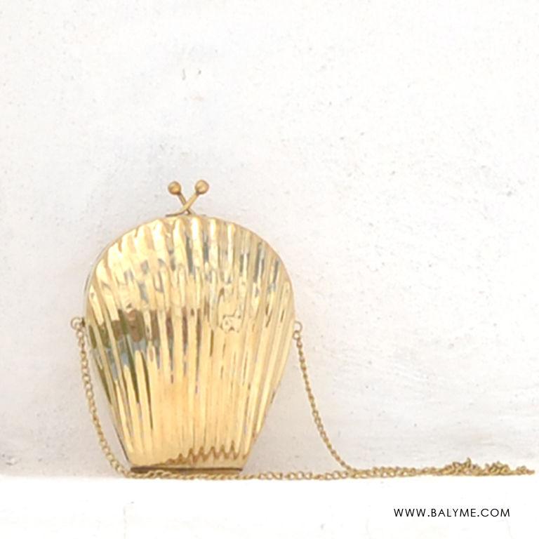 3b0793ae1f7 Tarkarli Gold Brass Clutch  Bolso de Laton Dorado - BALYME