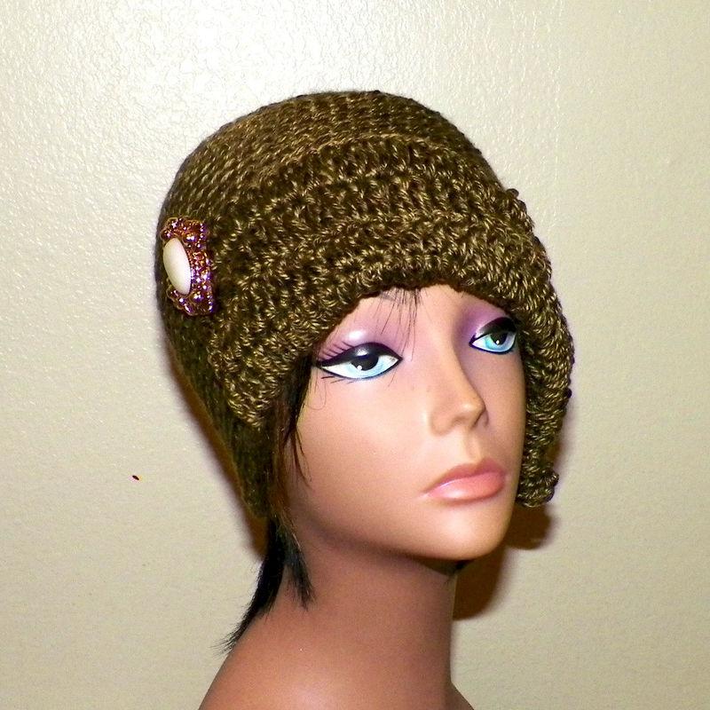 6df583555d4 Cloche Hat Flapper Womens Olive Green Button And Bow Downton Abby Freeform Beanie  Crochet Gatsby Bucket 1920s Style - Wild Irish Rose Crochet