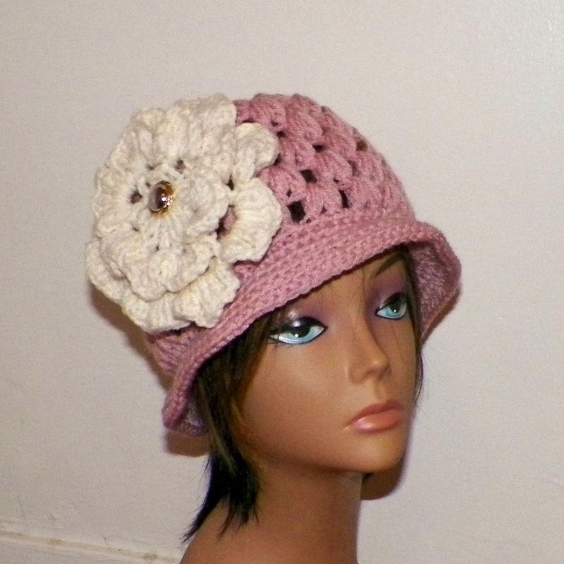 6abbf867f1f93 Sale- Pink Cloche Hat Womens Summer Flapper Downton Abby Large Ivory Cream  Flower Brooch Crochet Gatsby Bucket Womens 1920s Style - Wild Irish Rose  Crochet