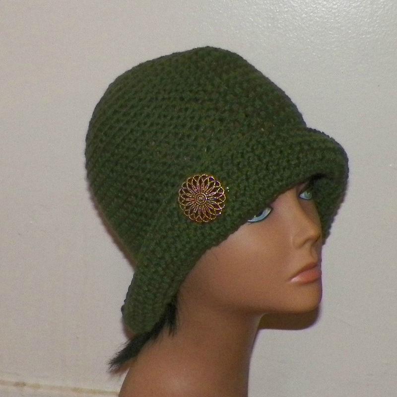 309c748a33c On Sale- Cloche Hat Flapper Womens Green Button Downton Abbey Freeform  Beanie Crochet Gatsby Bucket 1920s Style - Wild Irish Rose Crochet